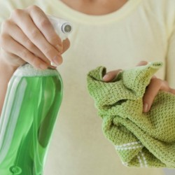 How to make effective cleaning products yourself?
